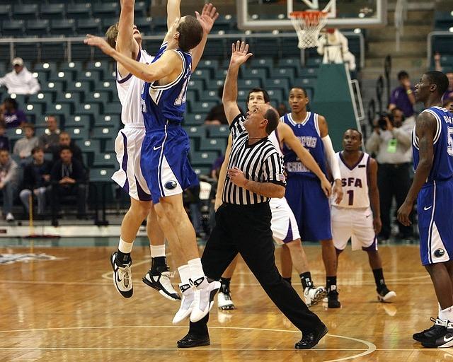 basketball-1625299_640